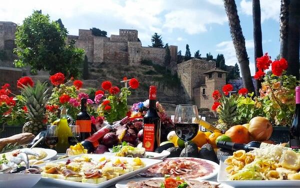 De 4+2 beste plaatsen in Malaga om tapas te eten